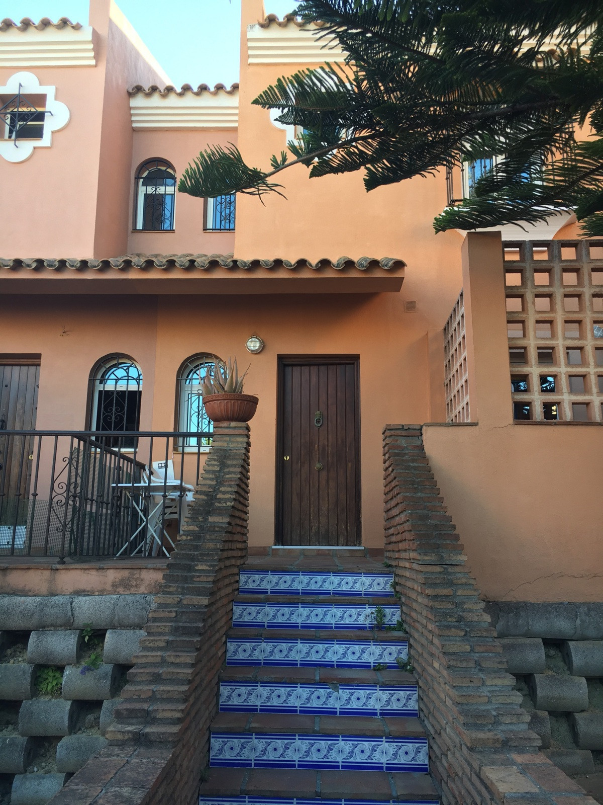 Magnificent townhouse in La Alcaidesa, of 135 m². Comprising 2 bedrooms with fitted wardrobes, 2 en ,Spain