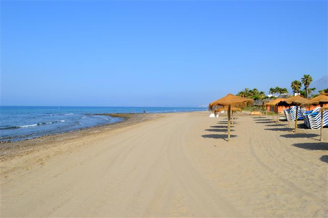 VILLA IN NEXT BEST BEACHES JUST 5 MINUTES FROM THE BEACHES MOST BEAUTIFUL OF MARBELLA VERY LARGE VIL,Spain