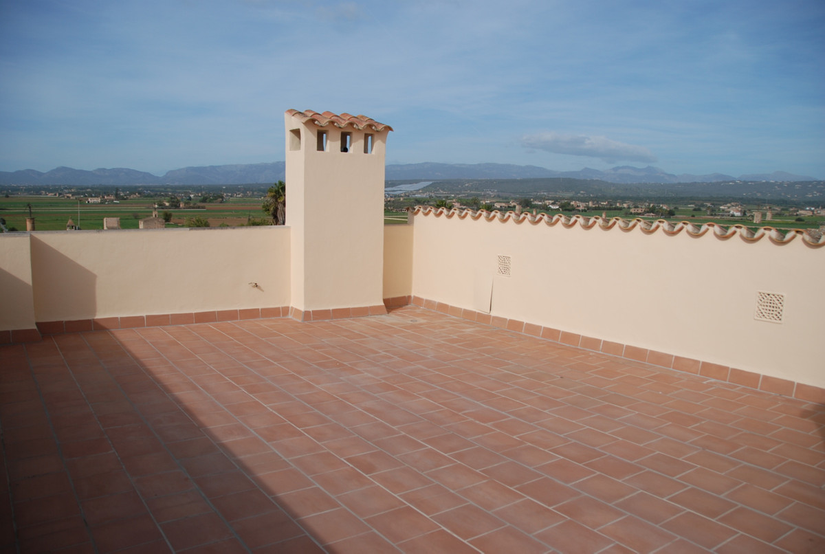 Brand new penthouse in San Jordi a few kilometers from the airport with lots of light has 83 m2 plus, Spain