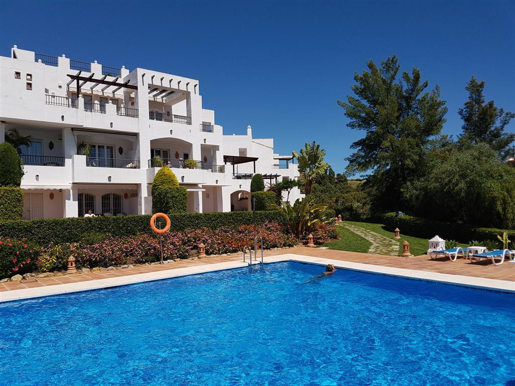 Penthouse situated in the south part of Los Arqueros at Los Eucaliptos which is much closer to San P, Spain
