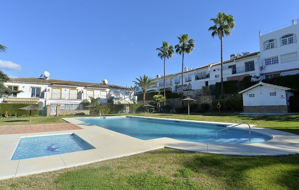 Middle Floor Apartment, Diana Park, Costa del Sol. 2 Bedrooms, 2 Bathrooms, Built 85 m², Terrace 12 , Spain