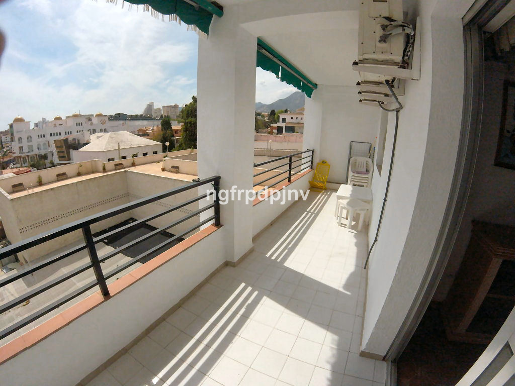 The apartment is furnished and recently painted. It has  89.53m2 built size distributed as follows: ,Spain