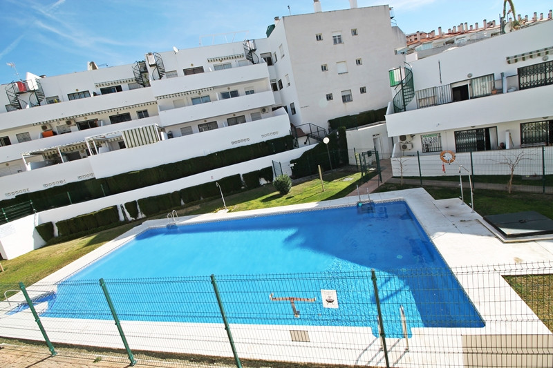 The property has 65 m2 built size. It has two bedrooms, one bathroom, 18 m2 living room, independent, Spain