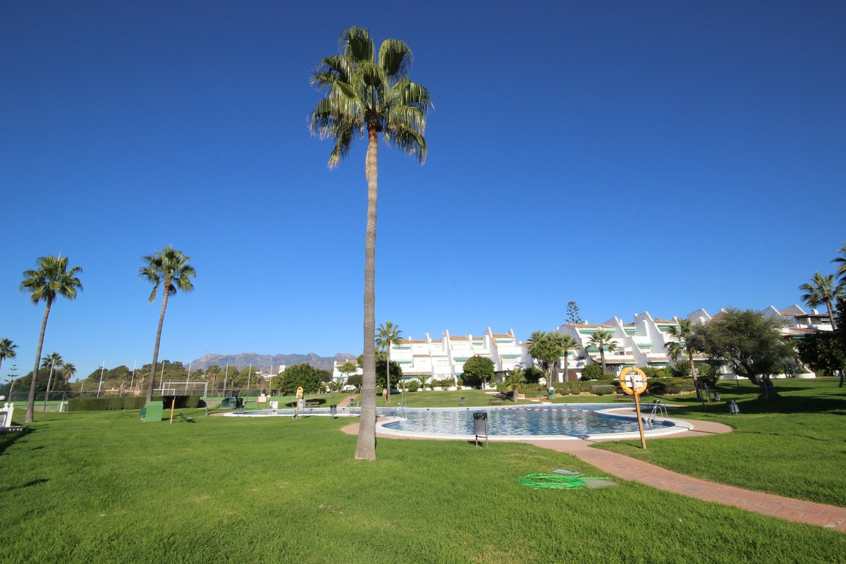 Ample and roomy Ground Floor in Las Chapas First Line Beach Complex, with four bedrooms and two bath, Spain