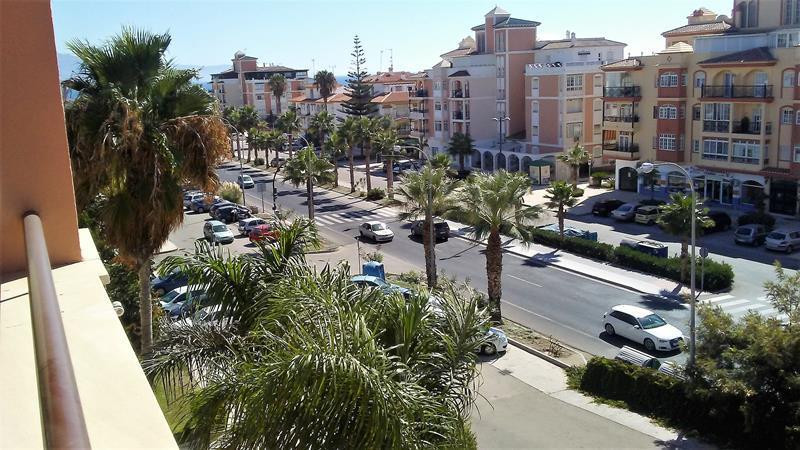 Lovely 2 bedroom apartment at just a few metres from the beach and magnificent views of the sea. Wit, Spain