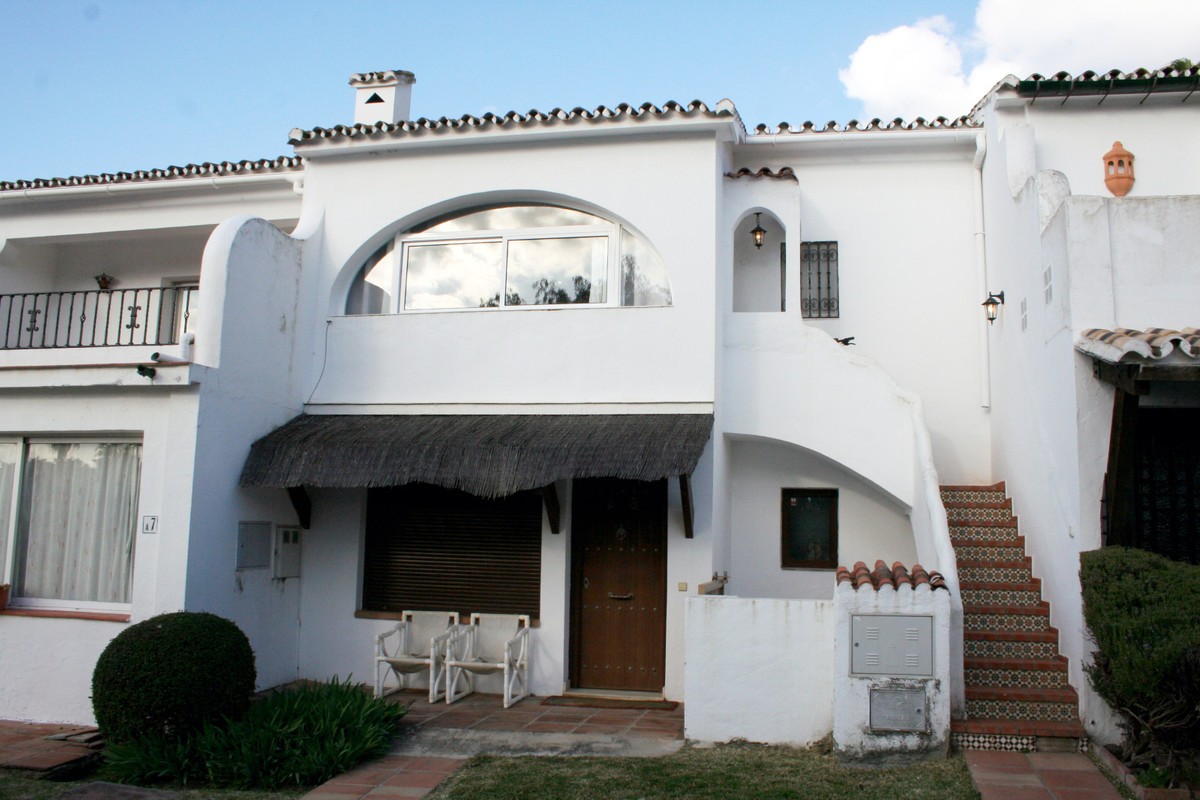 Fantastic opportunity to buy an apartment, on the first floor, with 1 bedroom and 1 bathroom in a qu,Spain