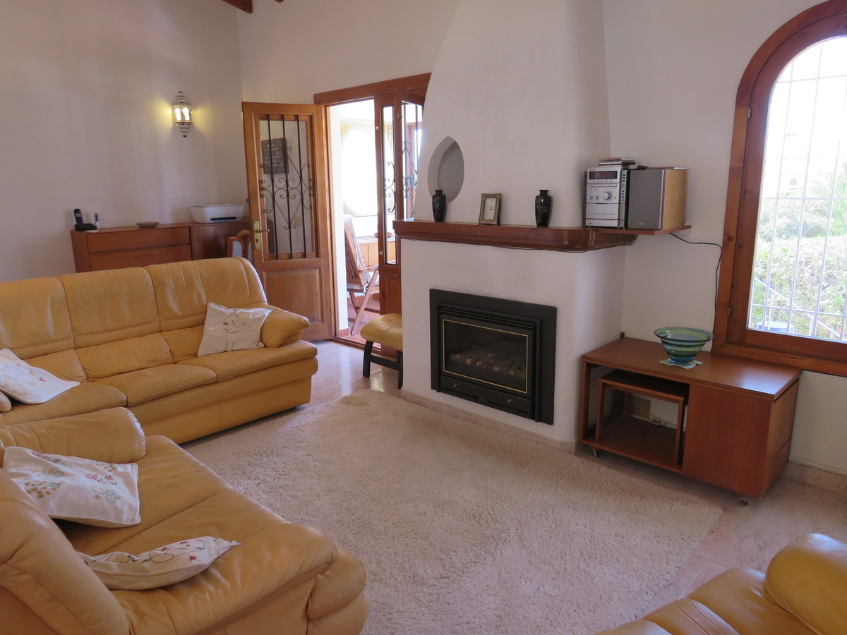 This private 2 bed, 2 bath part furnished bungalow is in a peaceful urbanisation with sea, penon and, Spain