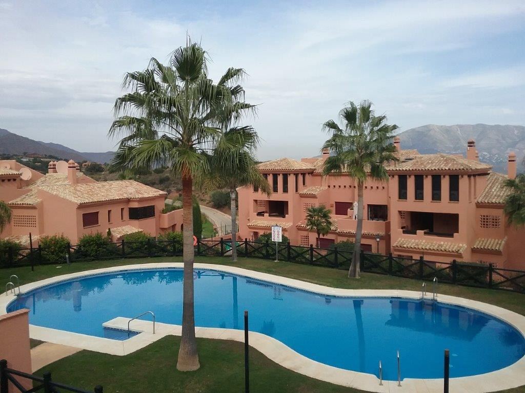 Apartment located in Ojen, has a total built area of 163 m² that are distributed in living room, ful,Spain