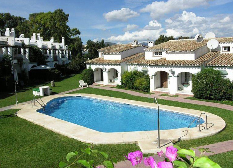 Situated in a tranquil area of Mijas Golf, this nice townhouse come with, two bedrooms and three ter, Spain