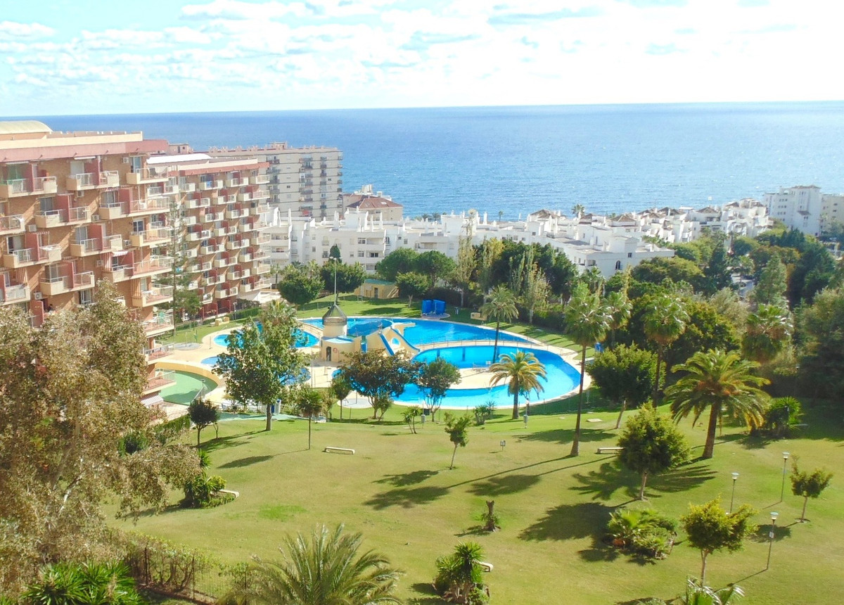 Fantastic apartment in Minerva, with one of the best pool areas, 24 hour reception and large gardens, Spain