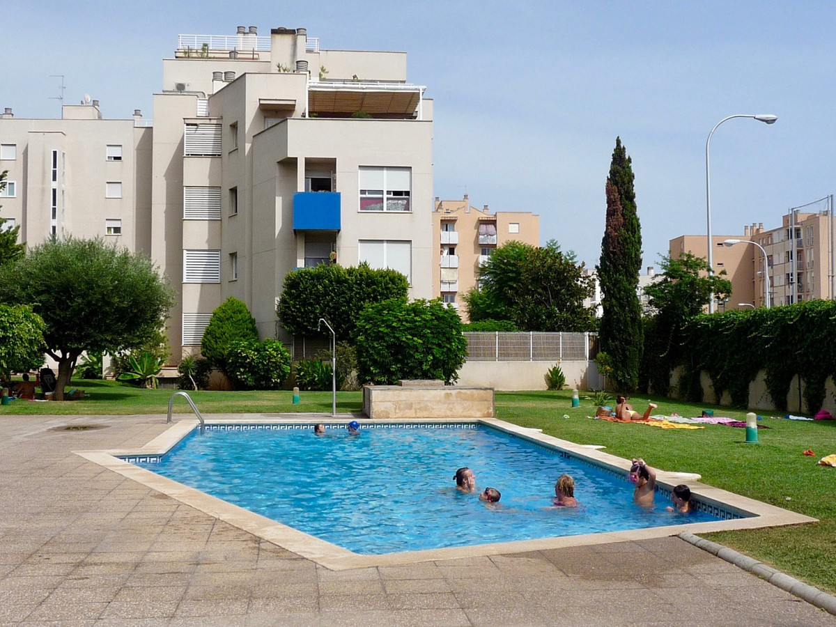 Portixol, 106 m2 apartment with balcony sea views to the bottom and clear 3 bedrooms with fitted war,Spain