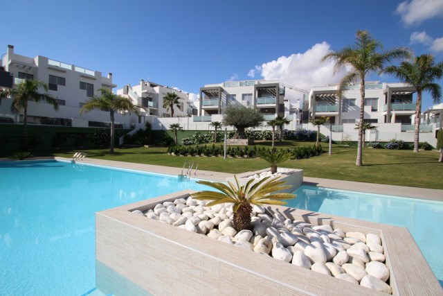 New residential complex with 2 bedrooms and 2 bathrooms, close to all amenities such as bars, restau, Spain