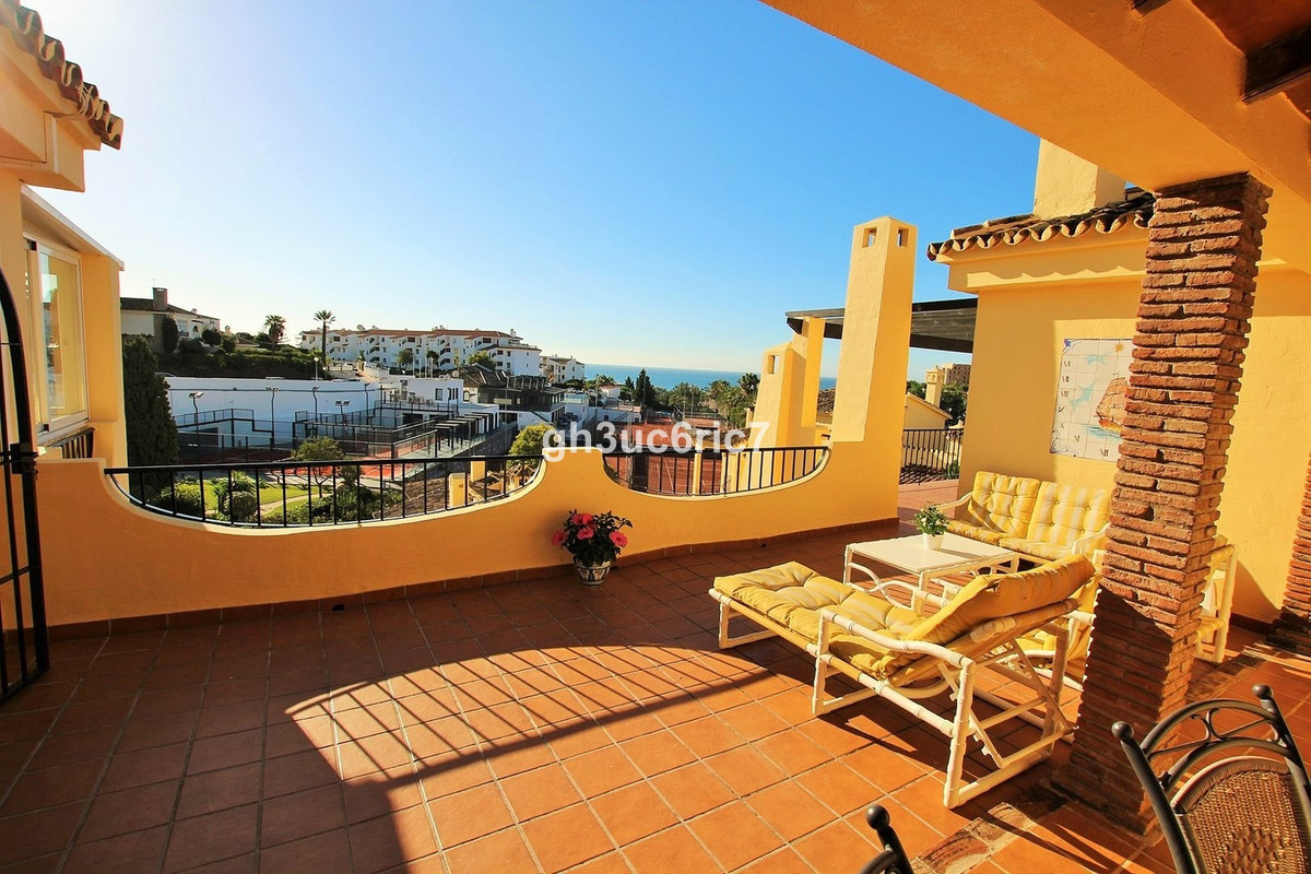 Marvellous penthouse, 2 apartments linked together, both with separate entrances giving you the oppo,Spain
