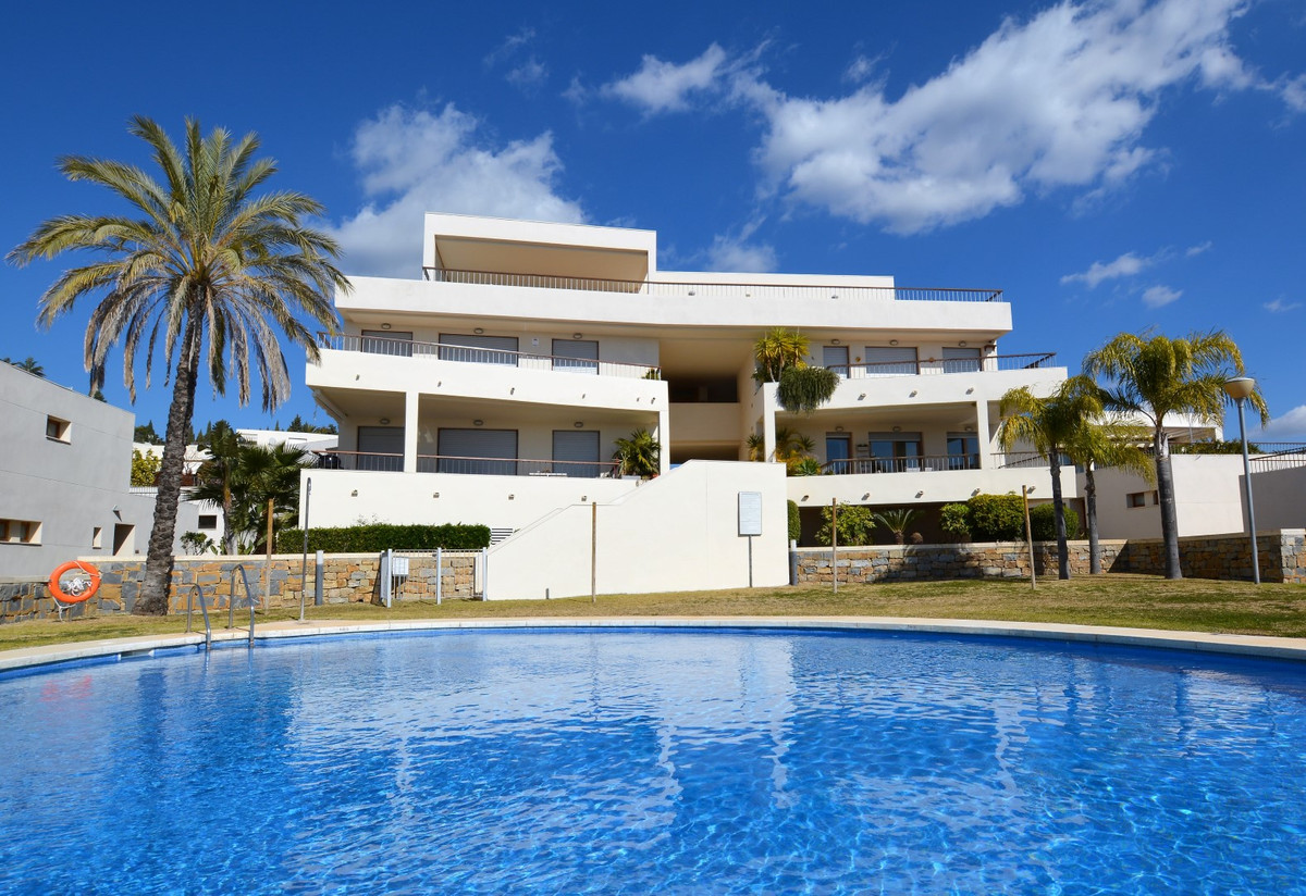 LUXURY QUALITIES, SEA VIEWS, SOUTH ORIENTATION, VERY LIGHT !! Beautiful and exclusive apartment, spa,Spain