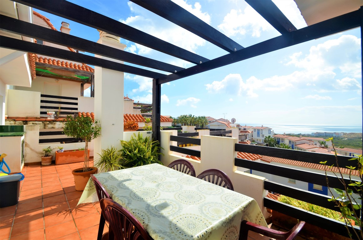 Magnificient duplex penthouse with excellent quality materials, situated close to Manilva, only1km f, Spain