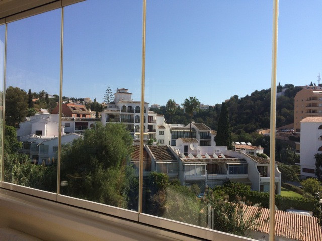 Beautiful one bed room apartment in centre of Los Pacos, close to all the services; supermarkets, re, Spain