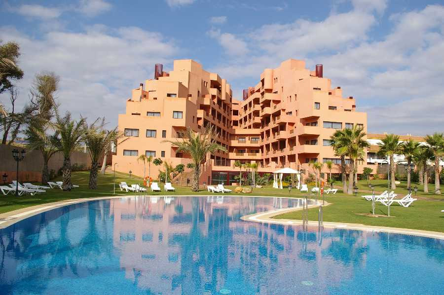Apartment,  First Line Beach,  Furnished,  Fitted Kitchen,  Parking: Street,  Pool: Communal Pool,  ,Spain