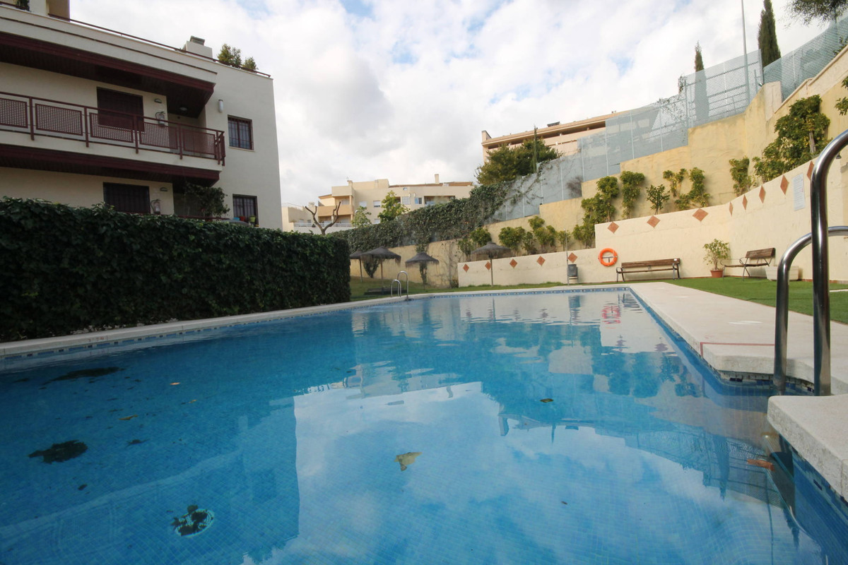 OPPORTUNITY IN ANORETA. SALE OR RENT WITH PURCHASE. Do not miss the opportunity to live in one of th, Spain