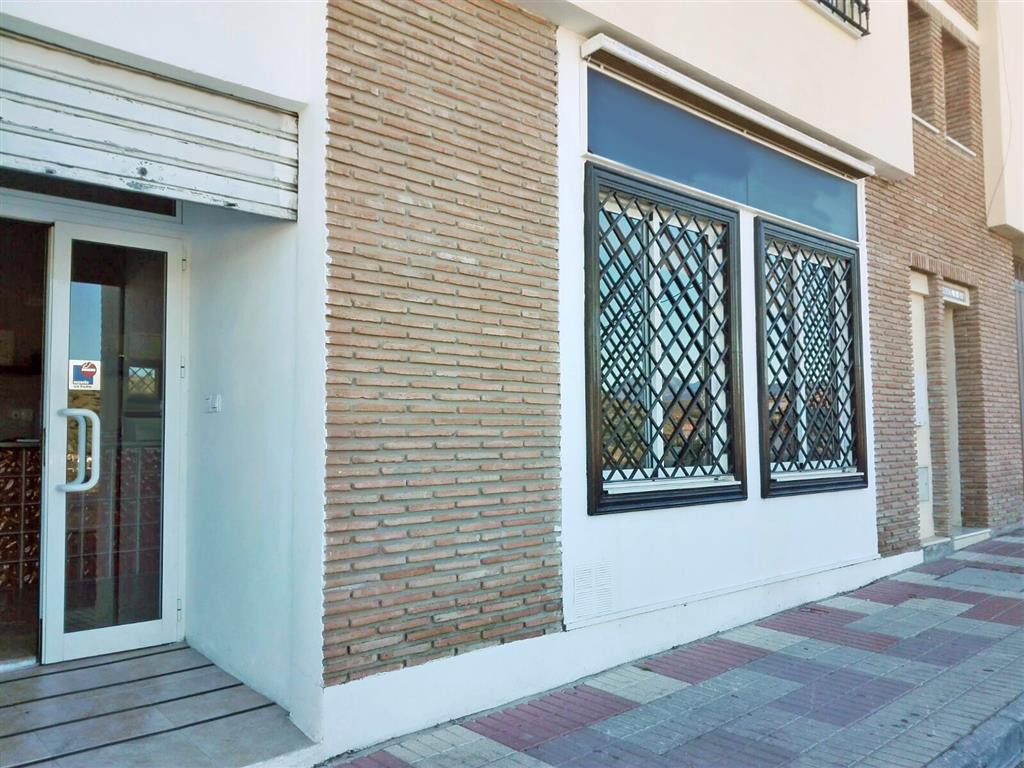 Commercial property on the outskirts of Coin. It is currently a beauty salon but could be converted ,Spain