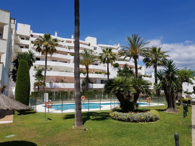 Fantastic penthouse in Nueva Andalucia, located 20 minutes walking from famous Puerto Banus in Marbe, Spain