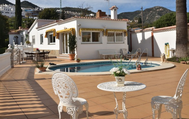 A very well built and well-kept villa with pool, beautiful garden and stunning views of the Mediterr,Spain
