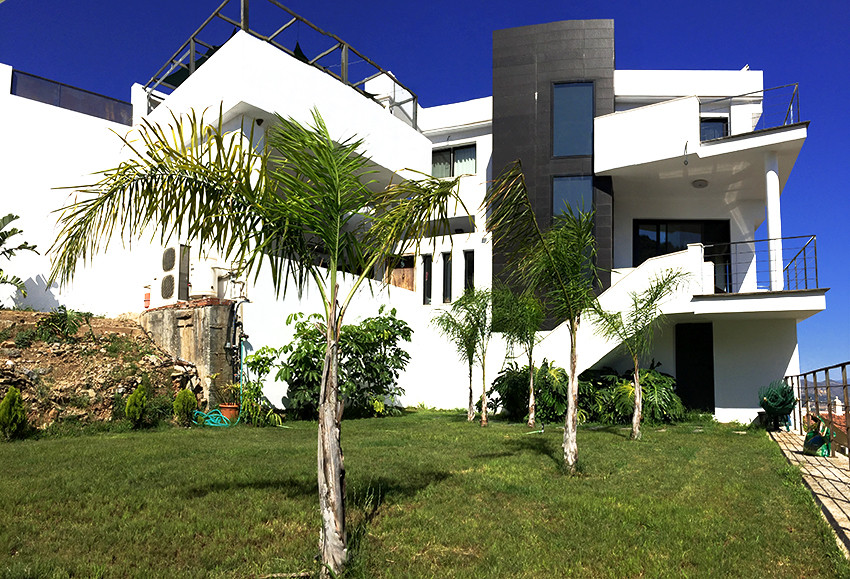 Detached single family home located in el Lagar, Alhaurin de La Torre, one of the best residential a,Spain