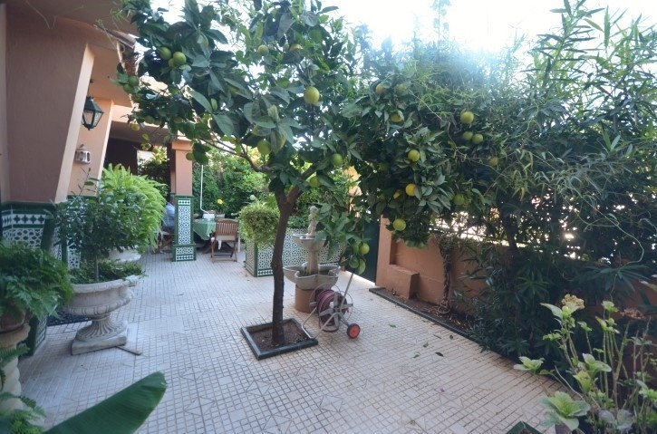 Very cosy detached villa fantastically located in a residential area in the heart of Fuengirola with,Spain