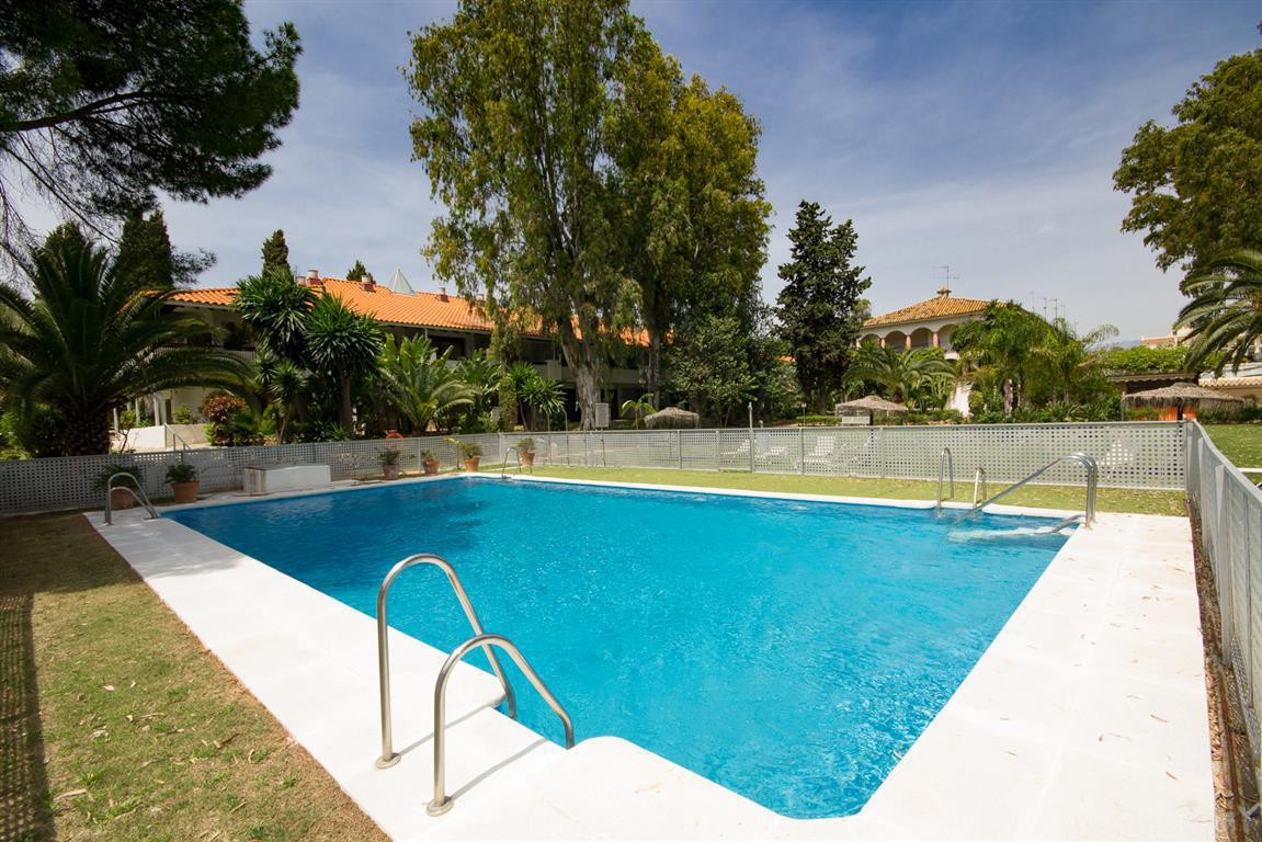 Modern studio for sale in Puerto Banus, Costa del Sol. Located in a very quiet development within a ,Spain