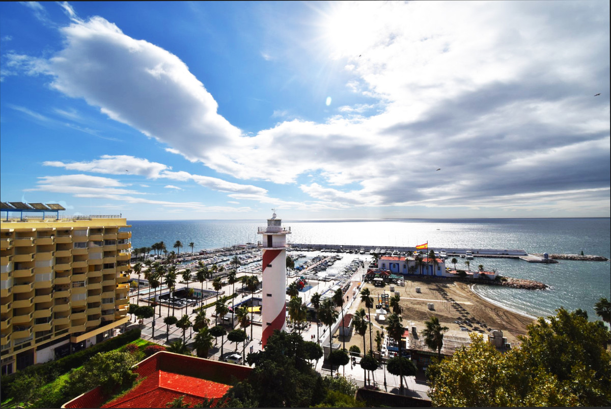 OPPORTUNITY - SECOND LINE  BEACH IN MARBELLA Studio located a few meters from the seafront and the b,Spain