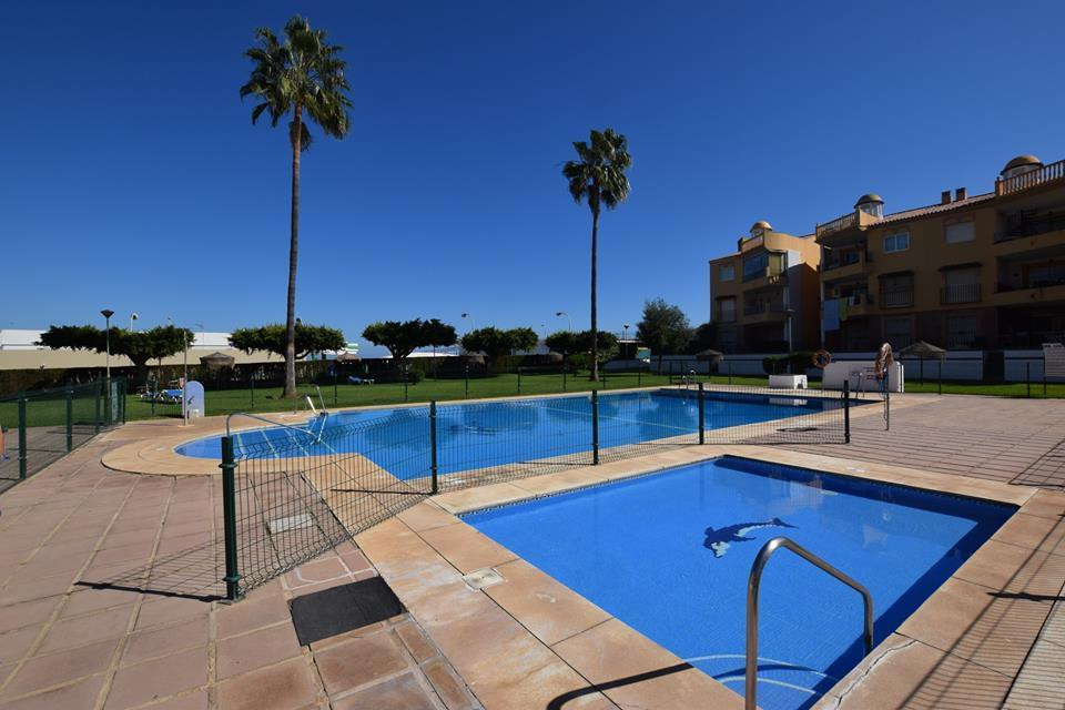 REDUCED FROM 269.000 € TO 225.000 € !!  IBI : 350 € / year  Community fees : 109 € / month Ground fl,Spain