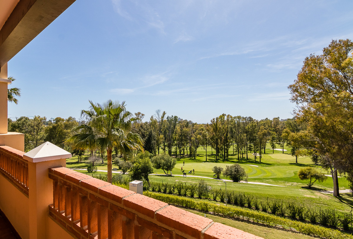 Welcome to this immaculate and very spacious frontline golf apartment in Marques de Atalaya, a well-, Spain