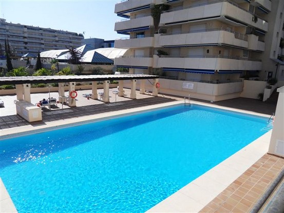 Fantastic 2 bedrooms 2 bathrooms, living room with access to the terrace and fully equipped kitchen., Spain