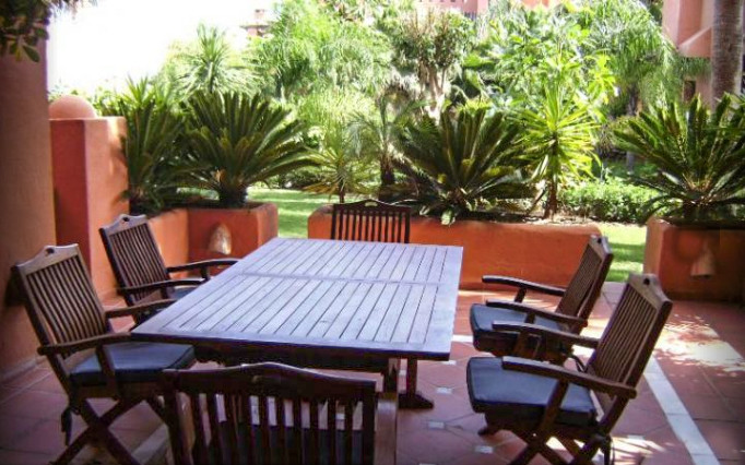 Fantastic 3 bedroom apartment with direct access to gardens and pool area within a 5 minute walk of , Spain