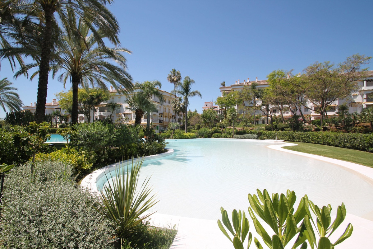 This South-West facing two bedroom apartment is a ready to move-in home located on the desirable Mar,Spain