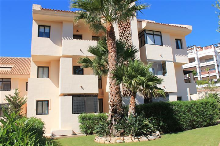 A spacious 3 bed ground floor property built to extremely high standards with cream marble through o,Spain