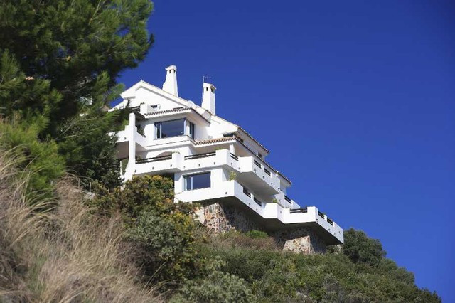 Originally listed for 2.200.000� recently reduced to 1.950.000�  This spacious and wonderful home is, Spain