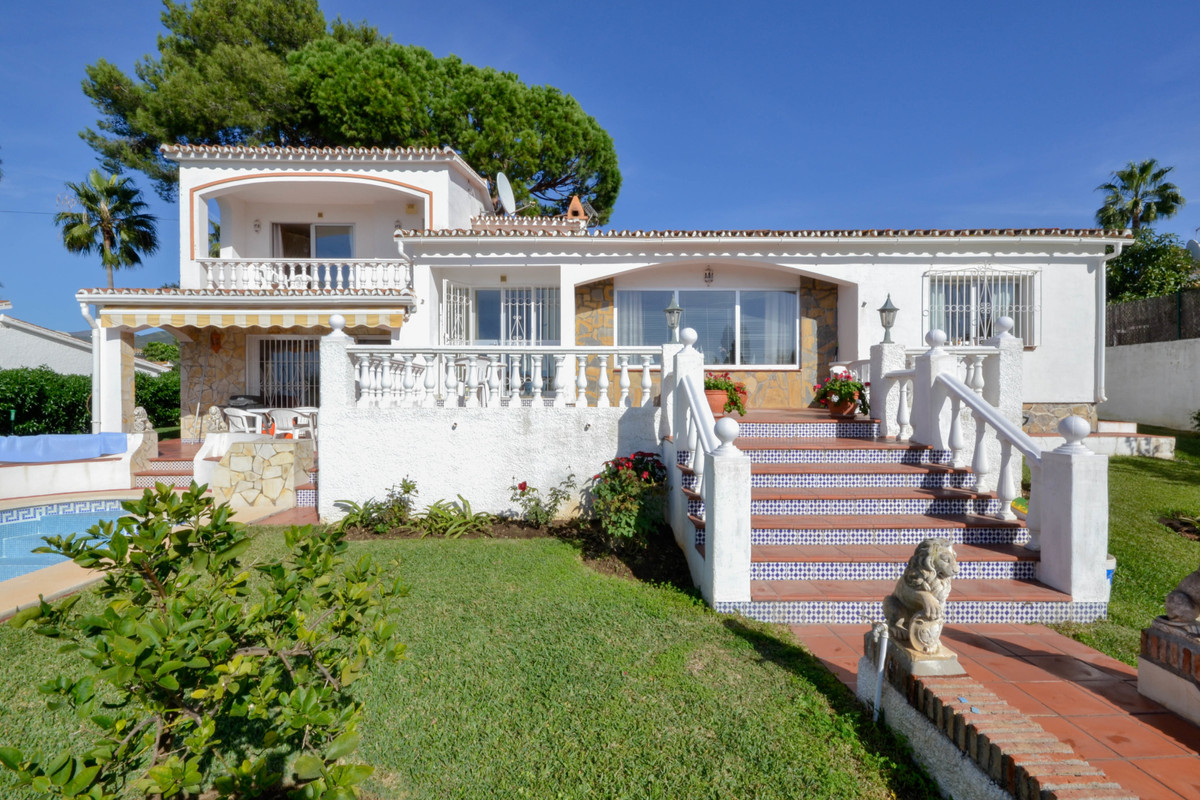 Very nice villa situated on a hillside near Elviria's all amenities; shopping center, beach and, Spain