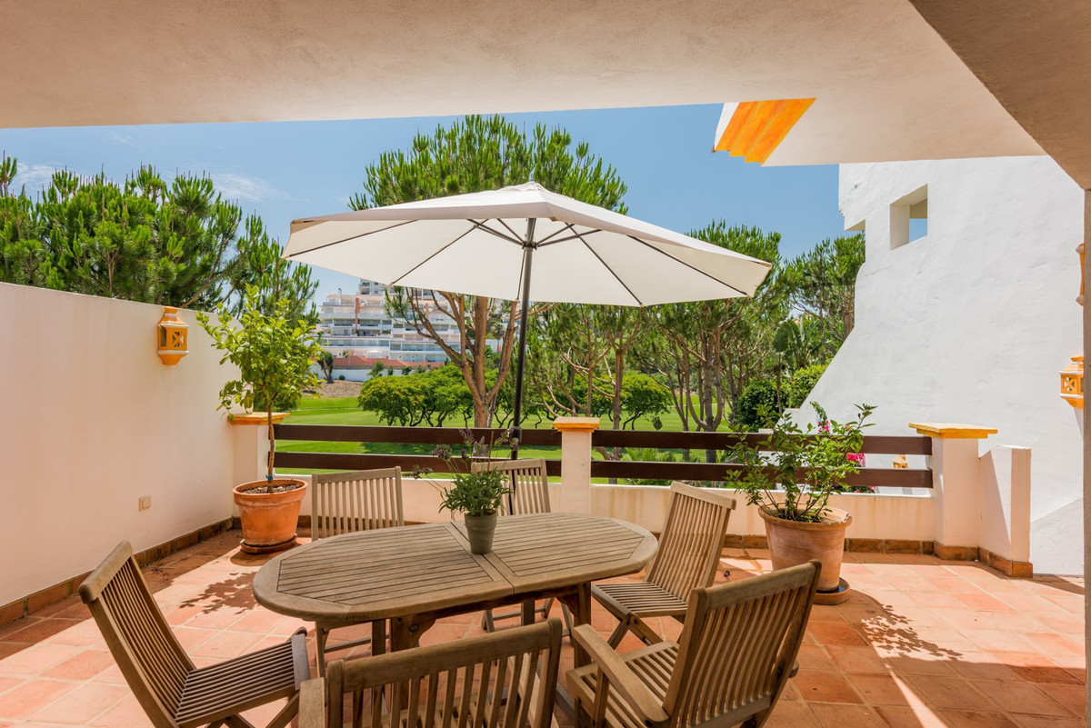 Situated in a gated residential complex of apartments and townhouses on the frontline of Miraflores , Spain
