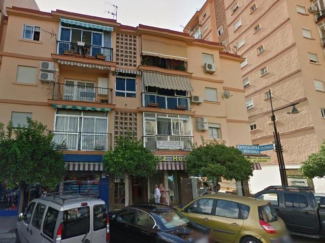 Bank repossession apartment in the center of Fuengirola in calle San Pancracio . It consists of thre, Spain