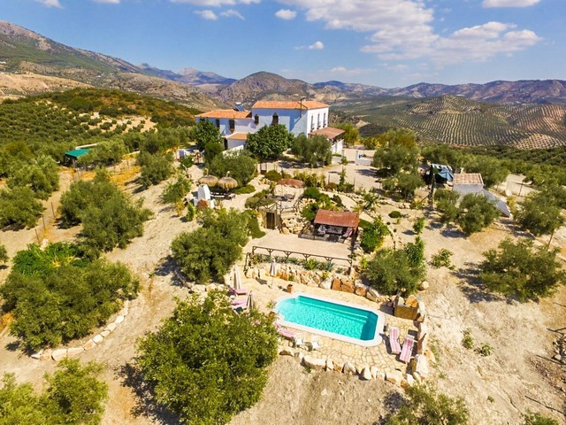 OPPORTUNITY!!! RECENT REDUCTION FROM 695.000€ TO 639.000€ FOR A FAST SALE!!!  A Truly Beautiful Bed ,Spain
