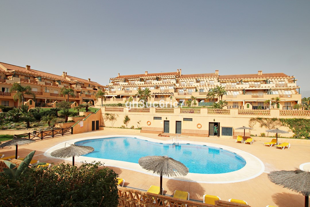Beautiful 2 bedroom apartment, perfect vacation spot. Located in the well know urbanization Polarsol, Spain