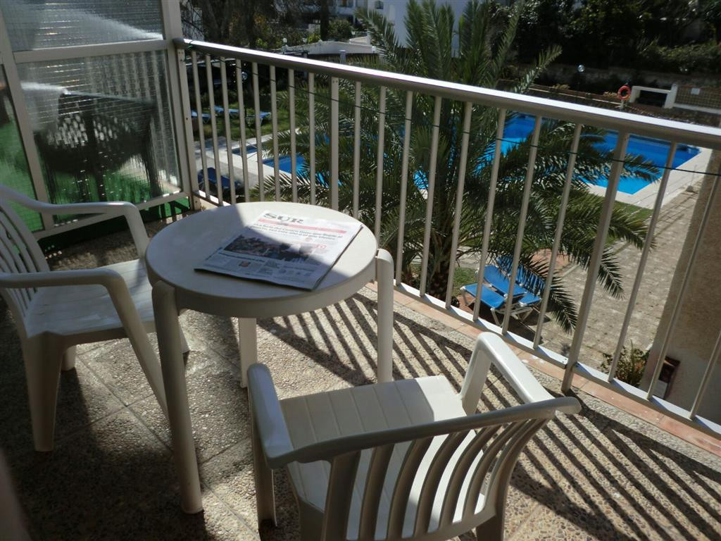 Nice studio for sale in the Carihuela just steps from the beach, located in urbanization with large , Spain