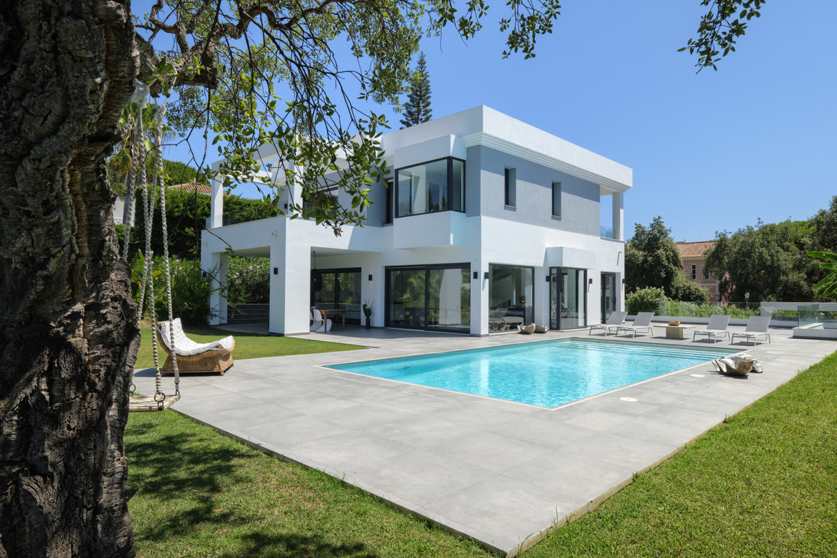Today the preferred design trend in Marbella is undoubtedly modern, but within this broad descriptio,Spain