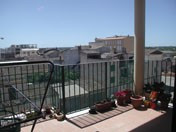Apartment with a total living area of 120m2 and free roof. The house has a living room, kitchen, lau, Spain