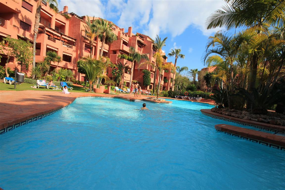 Walking distance to the beach. An exceptional 2 bedroom 1st floor apartment located in one of the mo,Spain