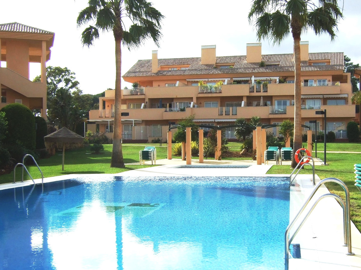 Beautifully presented duplex penthouse next to the Santa Maria Golf course within easy walking dista, Spain