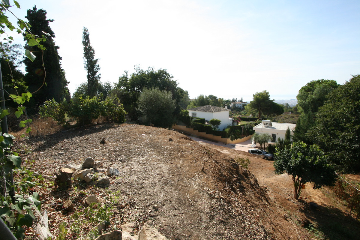 1015 m2 building plot, partly flat, with good views towards the sea and the surrounding countryside.,Spain