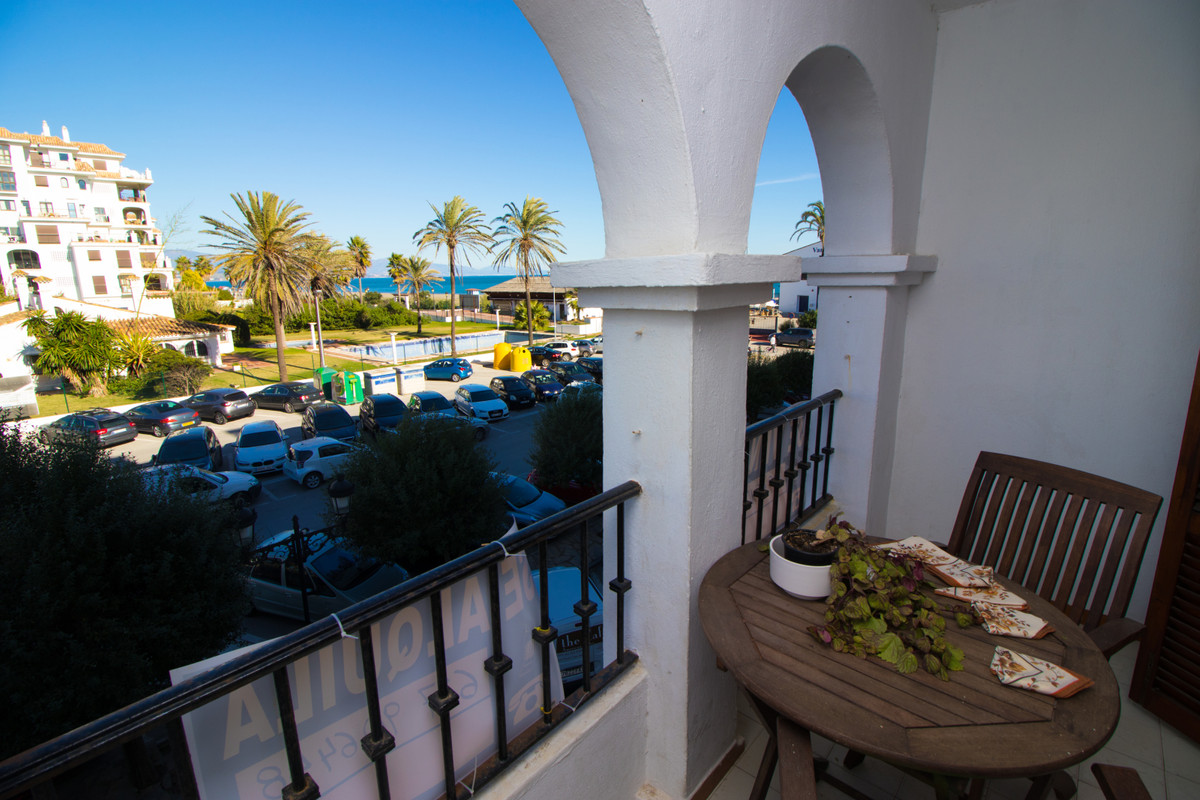 Wonderful 2-bedroom property right in the port of Duquesa, just a few steps away from the beach. It , Spain