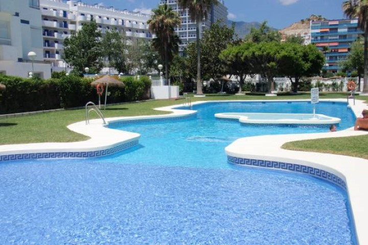 Three bedroom apartment in a building frontline beach in Benalmadena Costa. The apartment offers the, Spain