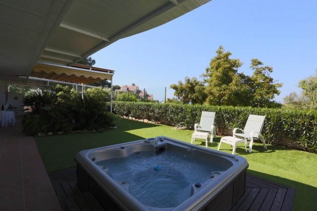 This is a very special apartment due to the exceptionally large living area which opens out to a won, Spain